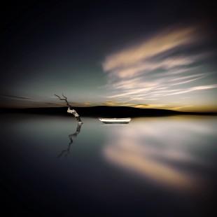 el lago y la barca
